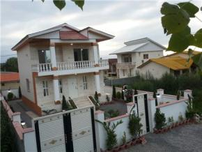 فروش ویلا در نور سعادت آباد 250 متر