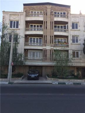 فروش آپارتمان در مهرشهر کرج  150 متر