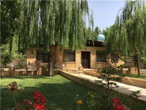 فروش ویلا در کردان 1600 متر