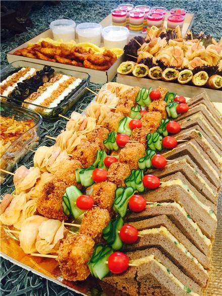 سینی فینگرفود گرم سرآشپز پاپیون