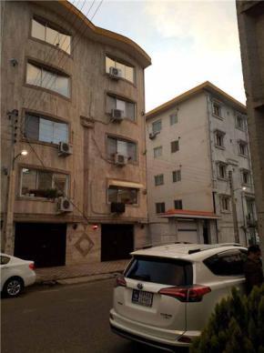 فروش آپارتمان در رودسر خیابان شهدا 87 متر