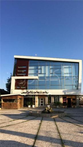 فروش مغازه در لاهیجان 2700 متر