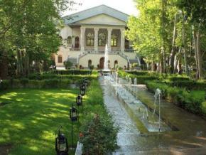 فروش ملک کلنگی در نیاوران تهران  2100 متر