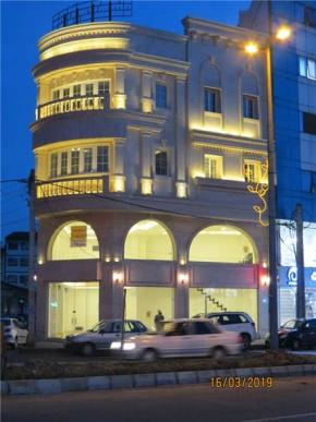 فروش مغازه در رشت بلوار معلم 153 متر