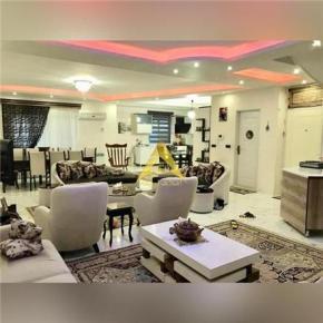 فروش آپارتمان در انزلی خیابان شهدای جنوبی 240 متر