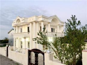 فروش ویلا در آمل شهرک یاسر 400 متر