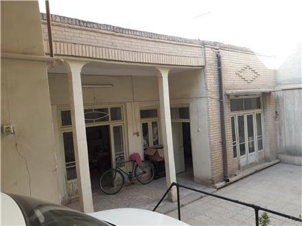 فروش ملک کلنگی در اصفهان مصلی 182 متر